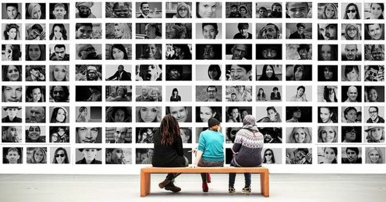 Como o Facebook sugere amizades novas?